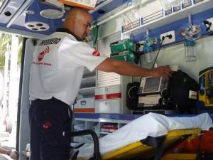 Santa Úrsula mejora su servicio de ambulancia ampliando el servicio a las 24 horas