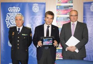 """""""Usa tu smartphone con inteligencia"""": la Policía Nacional promueve un uso seguro de los móviles"""