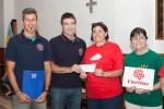 La Asociación Deportiva, Social y Cultural de Bomberos de Tenerife hace un donativo a Cáritas